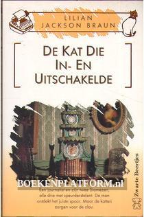 2358 De Kat Die In- En Uitschakelde