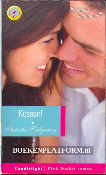 074 Kussen!