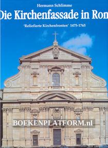 Die Kirchenfassade in Rom