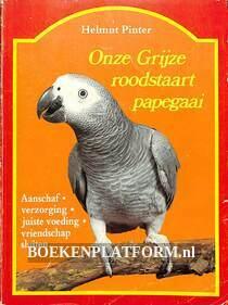 Onze grijze roodstaart papegaai