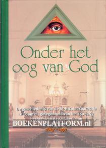 Onder het oog van God