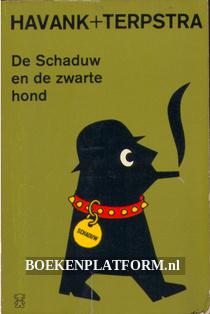 1546 De Schaduw en de zwarte hond