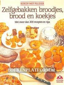 Zelfgebakken broodjes, brood en koekjes