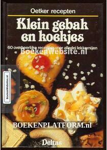 Klein gebak en koekjes