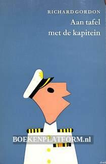 0265 Aan tafel met de kapitein