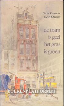 1978 De tram is geel het gras is groen