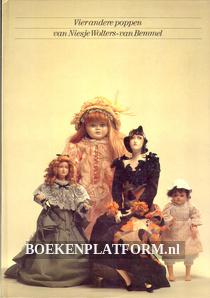 Vier andere poppen van Niesje Wolters-van Bemmel