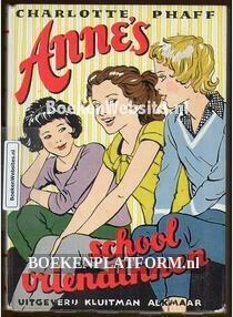 Anne's school- vriendinnen