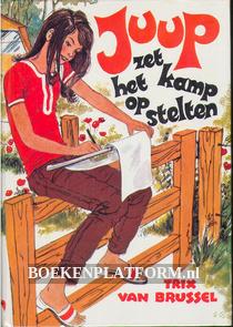 Juup zet het kamp op stelten