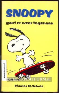Snoopy gaat er weer tegenaaan